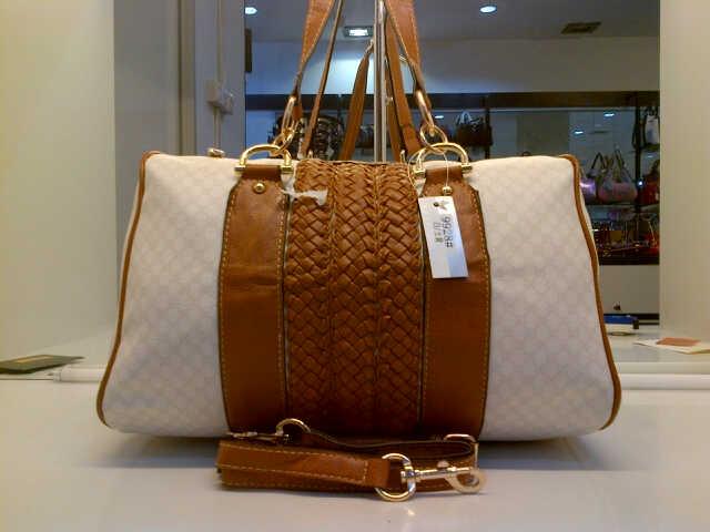 Tas Tangan Gucci Anyaman Polos (kode: GUC001)